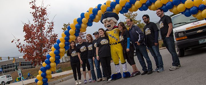 Shape an event for the SNHU community through volunteerism